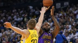 Pa LeBron James, Lakers humbin derbin e Los Angelesit