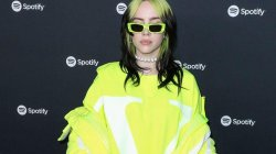 "Billie Eilish i ka shtyrë koncertet e turneut botëror ""Where Do We Go"""