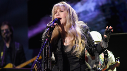 "Stevie Nicks publikoi këngën ""Show Them The Way"""