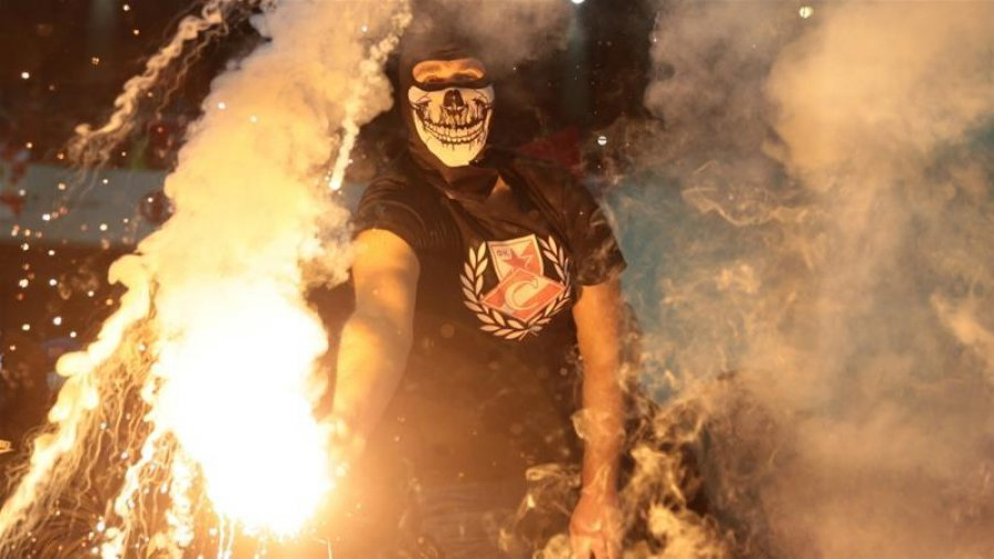 Huliganët rusë po përballen me shtypje para Kupës së Botës