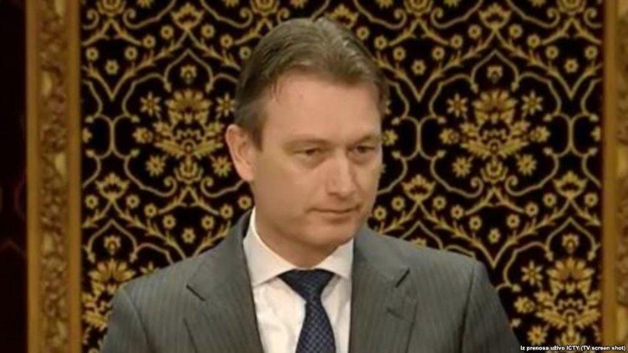 Holandë: Ministri dha dorëheqje pasi gënjeu për takimin me Putinin
