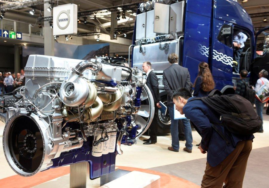 Volvo heq dorë nga motorët dizel dhe benzinë
