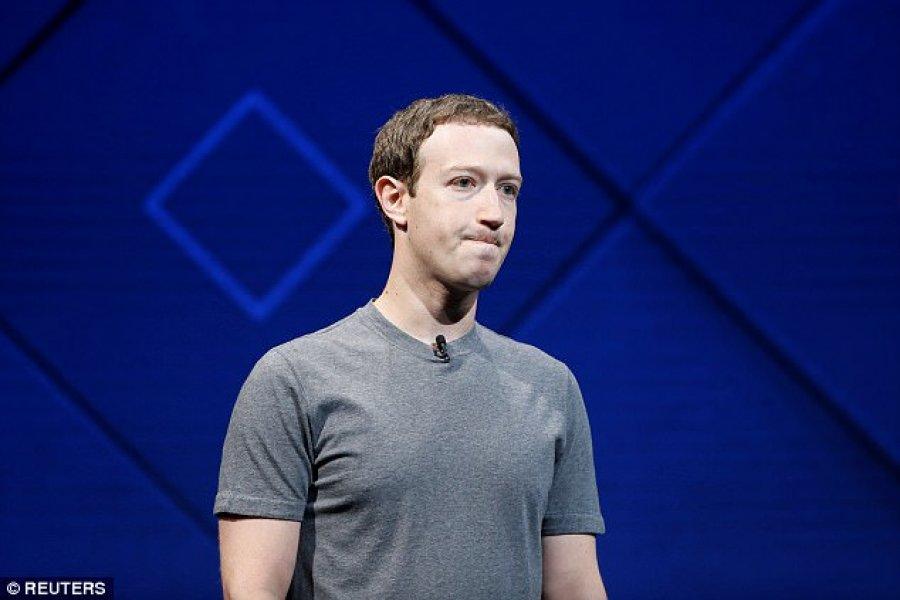 """Zuckerberg humb 3.3 miliardë dollarë """"falë"""" ndryshimeve të fundit në Facebook"""