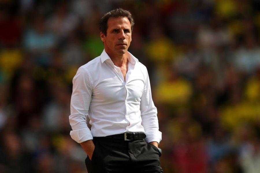 Zola thotë se Chelsea mund ta befasojë Barcelonën