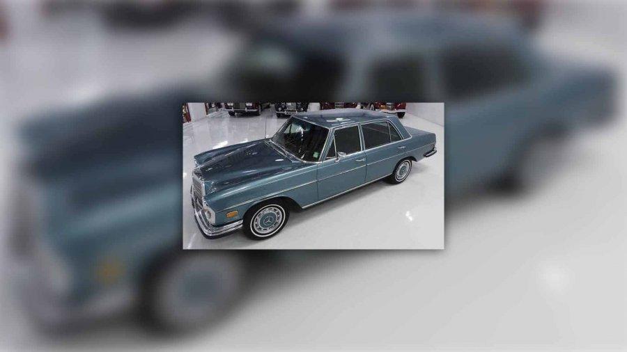 Mercedes Benzi i Elvis Presleyt del në shitje