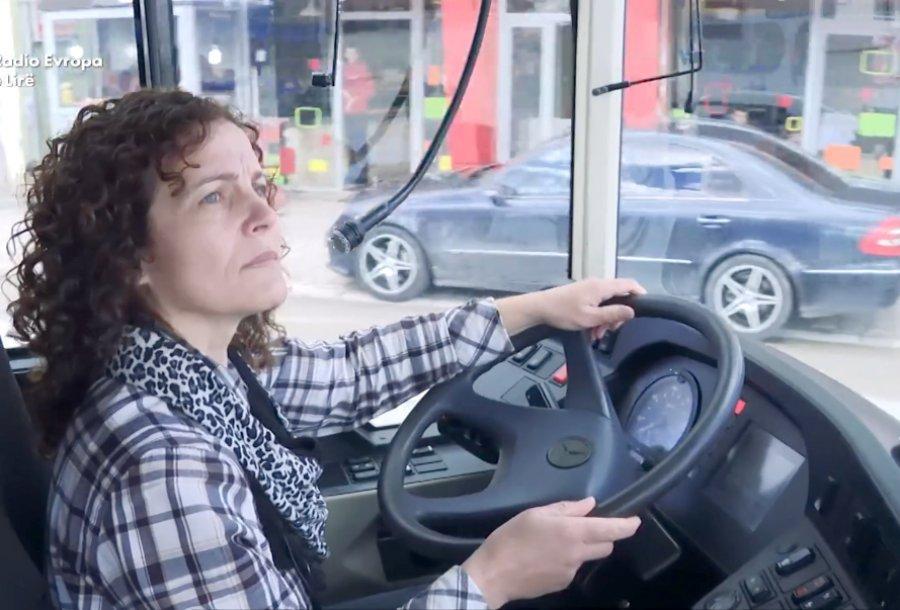 Hava Muhaxheri - shoferja e parë e autobusit në Kosovë