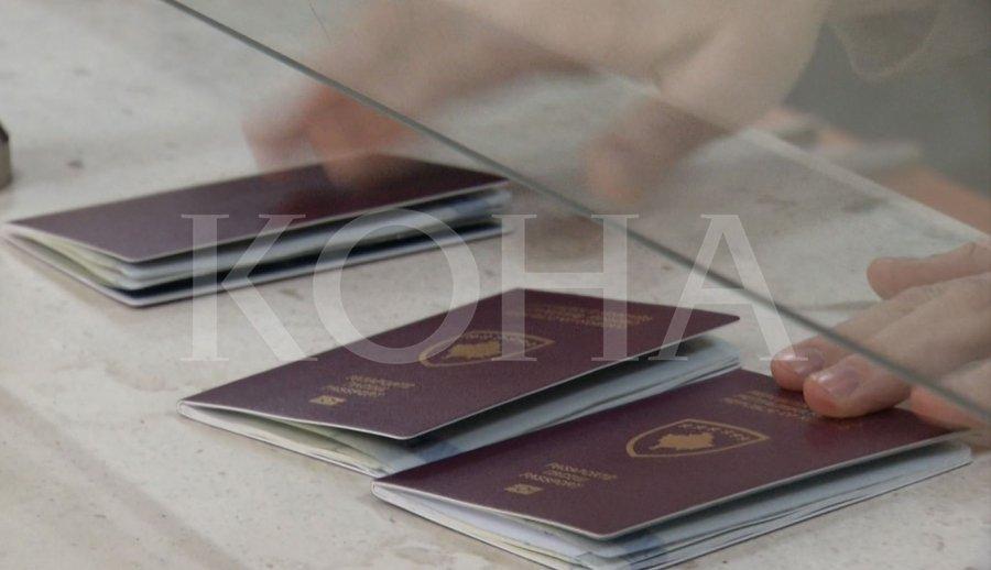 KTV zbulon se si të rinjtë japin deri në 2 mijë e 500 euro për t u pajisur me vizë Schengen