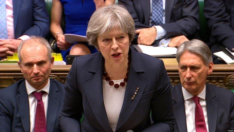 Britania thotë se do të luftojë futjen e parave të paligjshme ruse